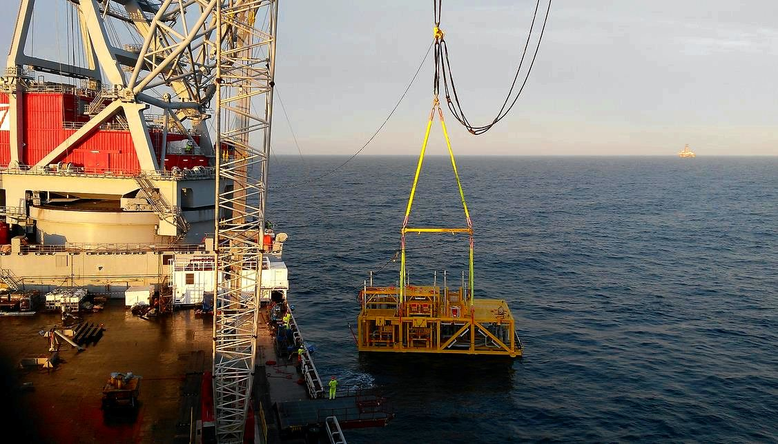 Skf magnetic bearings set up in world's first subsea gas compression system run by statoil in 2014